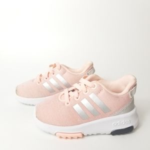 Adidas Girl Cloud Foam Shoes Size 5